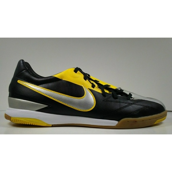 92a15a3e2 ... T90 Shoot IV IC Indoor Soccer Shoes. NWT. Nike.  M_5b105d3c331627ea4c1108d6. M_5b105d4f8290af39d2c51e70.  M_5b105d51daa8f624e90018d1